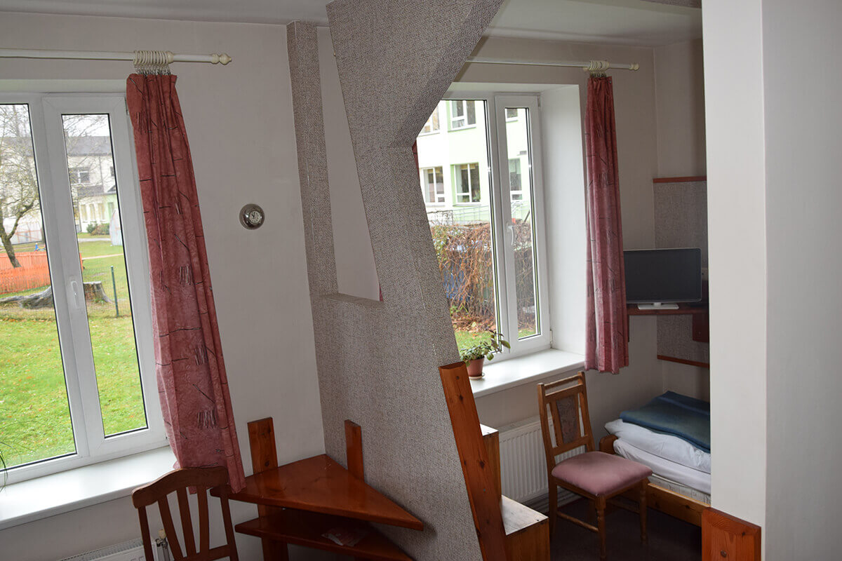 Viesnīcas istabiņa